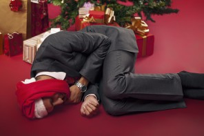 A GENTLEMAN'S GUIDE TO SURVIVING THE OFFICE XMAS PARTY