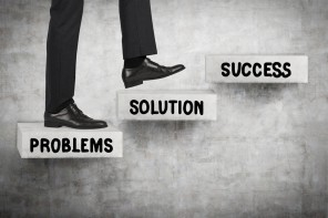 HOW TO SUCCEED IN BUSINESS: THE FIRST STEPS