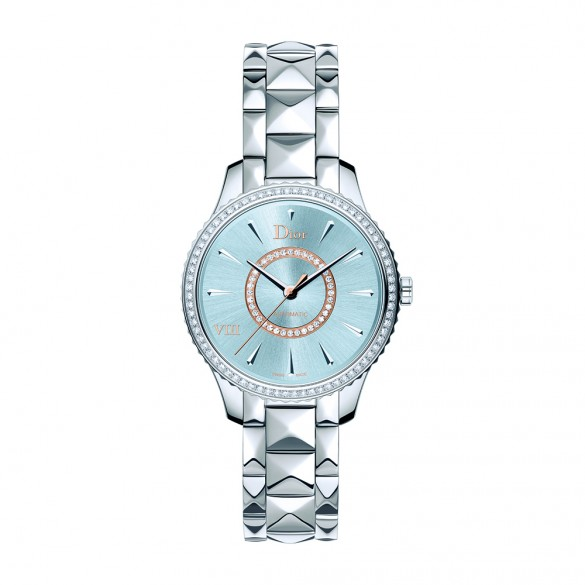 DIOR_VIII_MONTAIGNE_STEEL_AND_BLUE_SUN-BRUSHED_DIAL_585_585_90