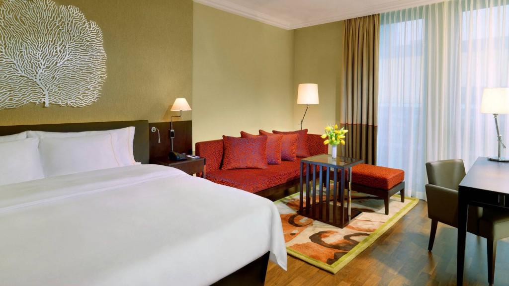 sheraton-bratislava-hotel-bratislava-deluxe-room-1600x900 part 1