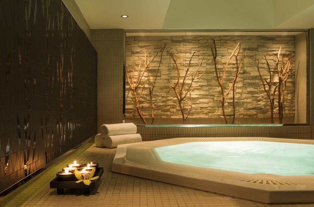 Westin_Heavenly_Spa_Jacuzzi