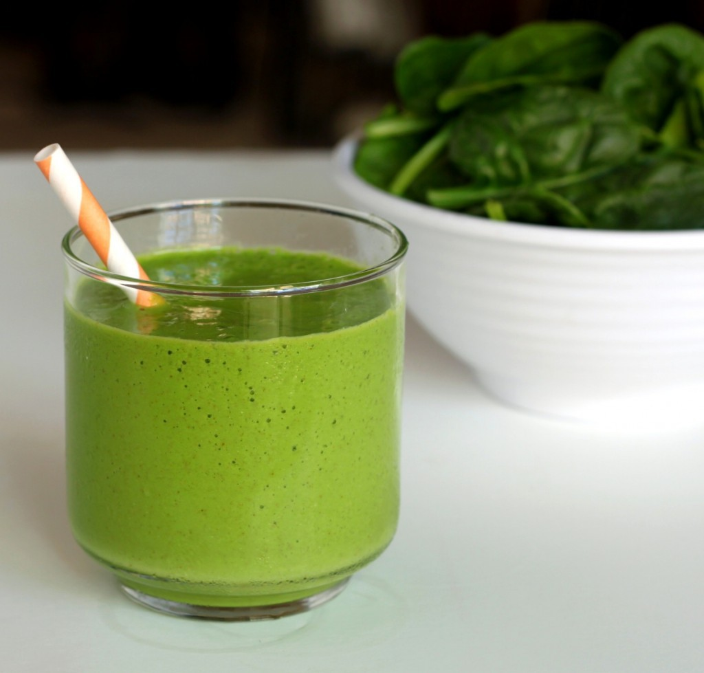 Tropical-green-smoothie-2-1024x979